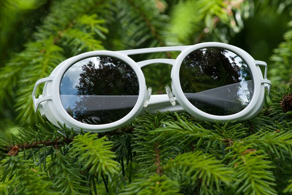Moncler Lunettes | Modell #6 (Weiss)